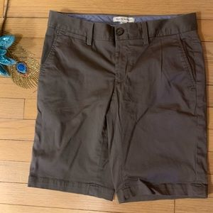 Banana Republic Stretch Shorts gray size 6